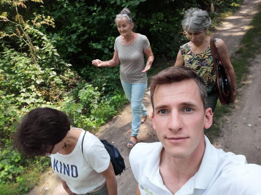 Prechádzka k ďalšej čiernej skládke bioodpadov na bývalom mŕtvom ramene rieky.